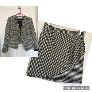 Tahari Arthur Levine women's 2 pc Suit 14 p